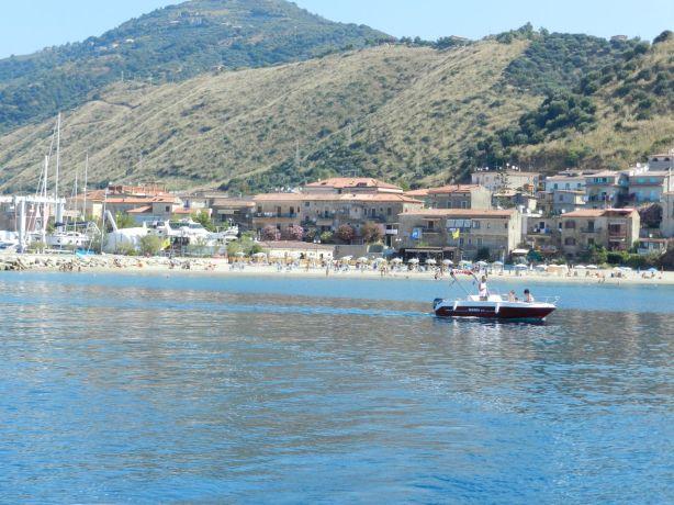 Acciaroli kylä