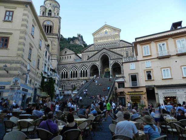 Amalfin kirkko