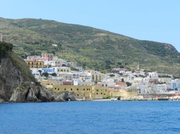 Ponzan kylä