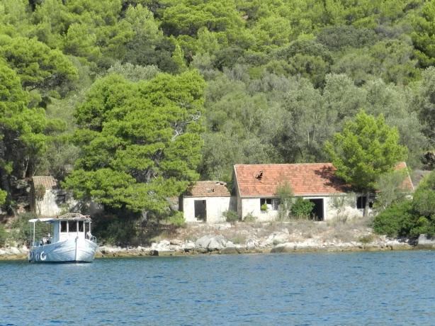 Otok Lastovo poukama
