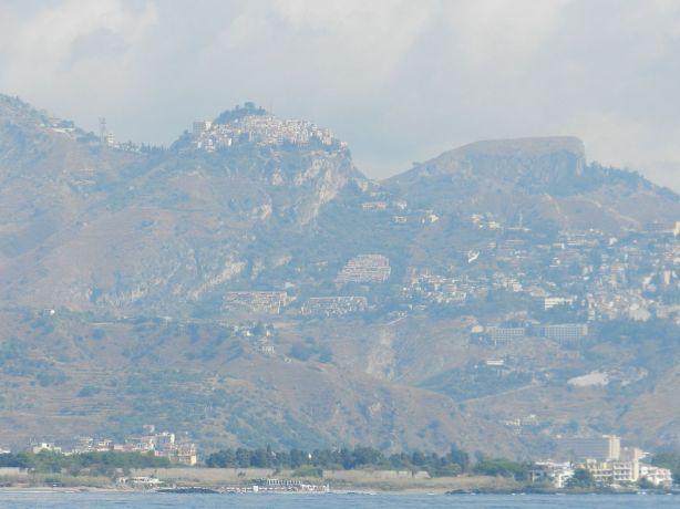 Taormina road